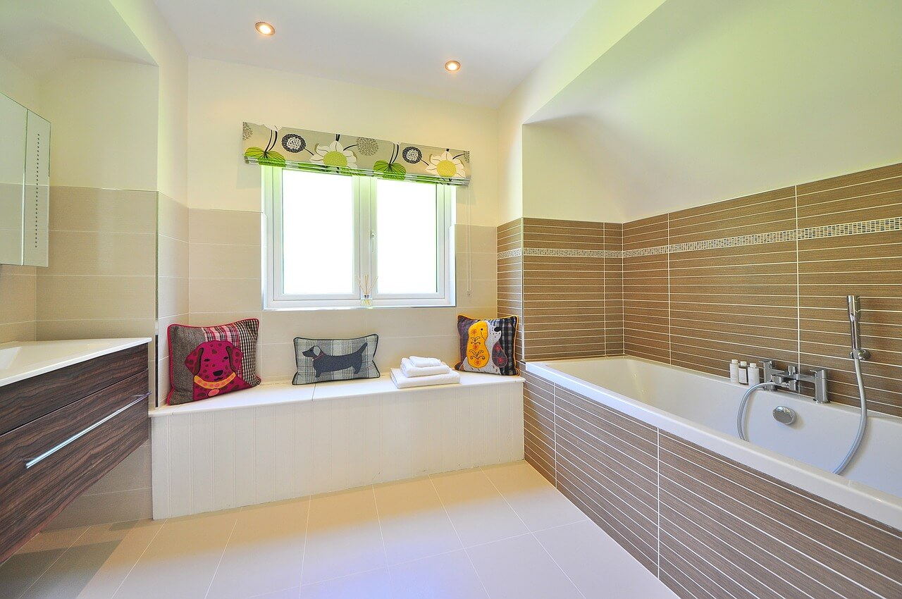 Guest Bathroom Remodels That Will Increase the Value of Your Home