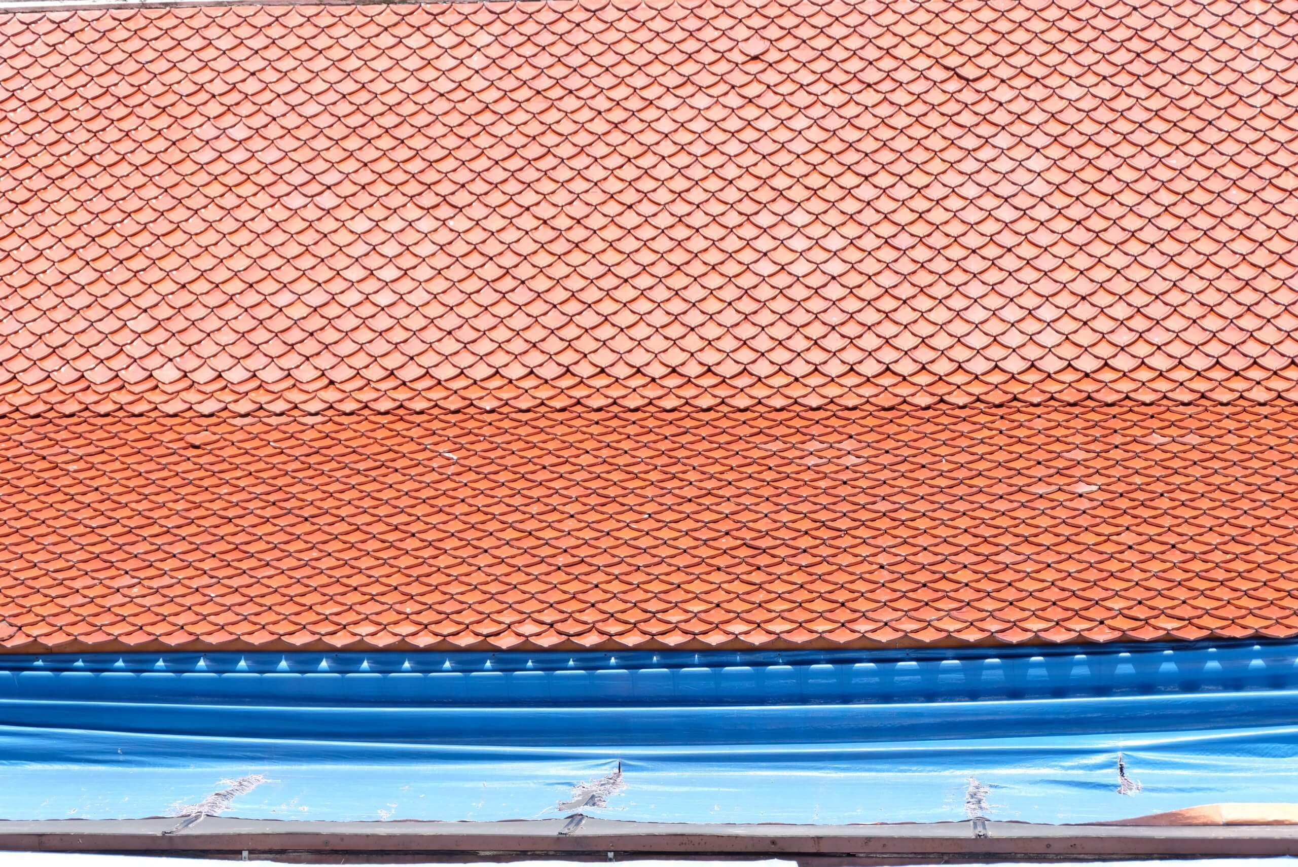 What to Consider When Replacing or Choosing a New Roof